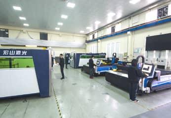 Training Area for Sheet Metal Cutting Machine